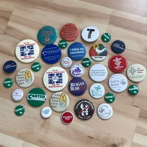 1 Lot of 34 Vintage Pins/Buttons